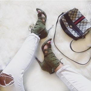 Shoes - Olive lace up sandals